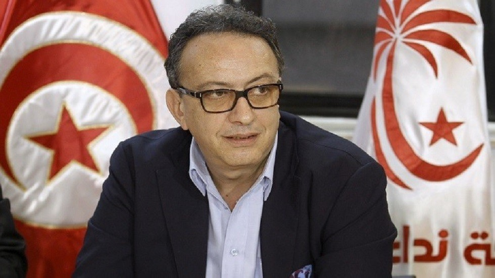 الجمارك التونسية: حافظ قايد السبسي خضع للتفتيش بناء على معلومات استخباراتية