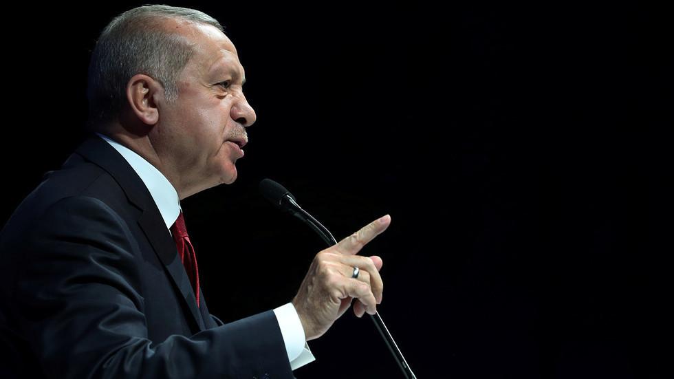 أردوغان: موجودون شرق المتوسط عبر سفننا وقواتنا تحميها ولا انسحاب أو خروج