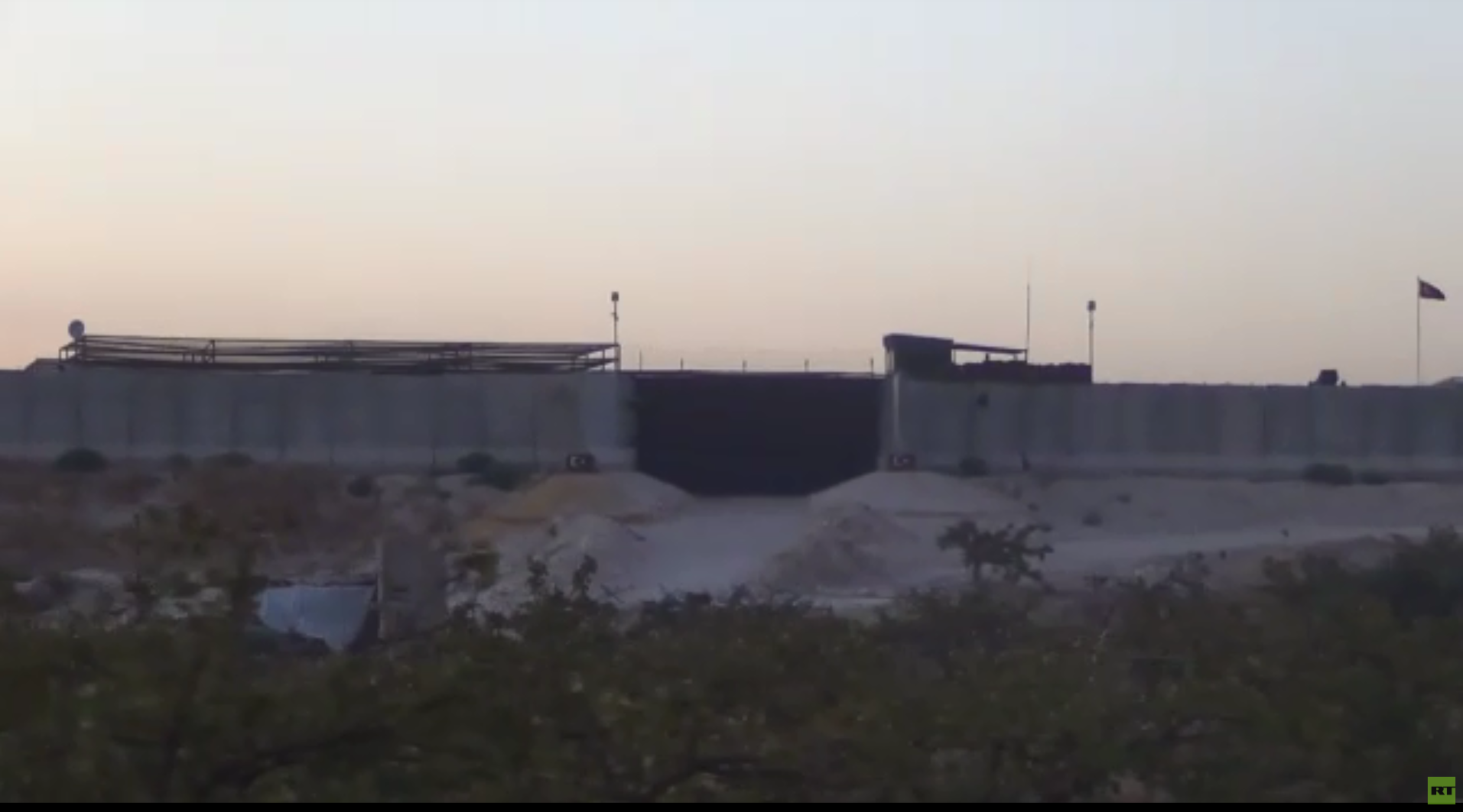 كاميرا RT ترصد عن قرب نقطة المراقبة التركية التاسعة المحاصرة من قبل الجيش السوري