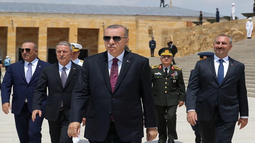 أردوغان: قضينا على غرب الحزام الإرهابي ونأمل في تدمير شرقه