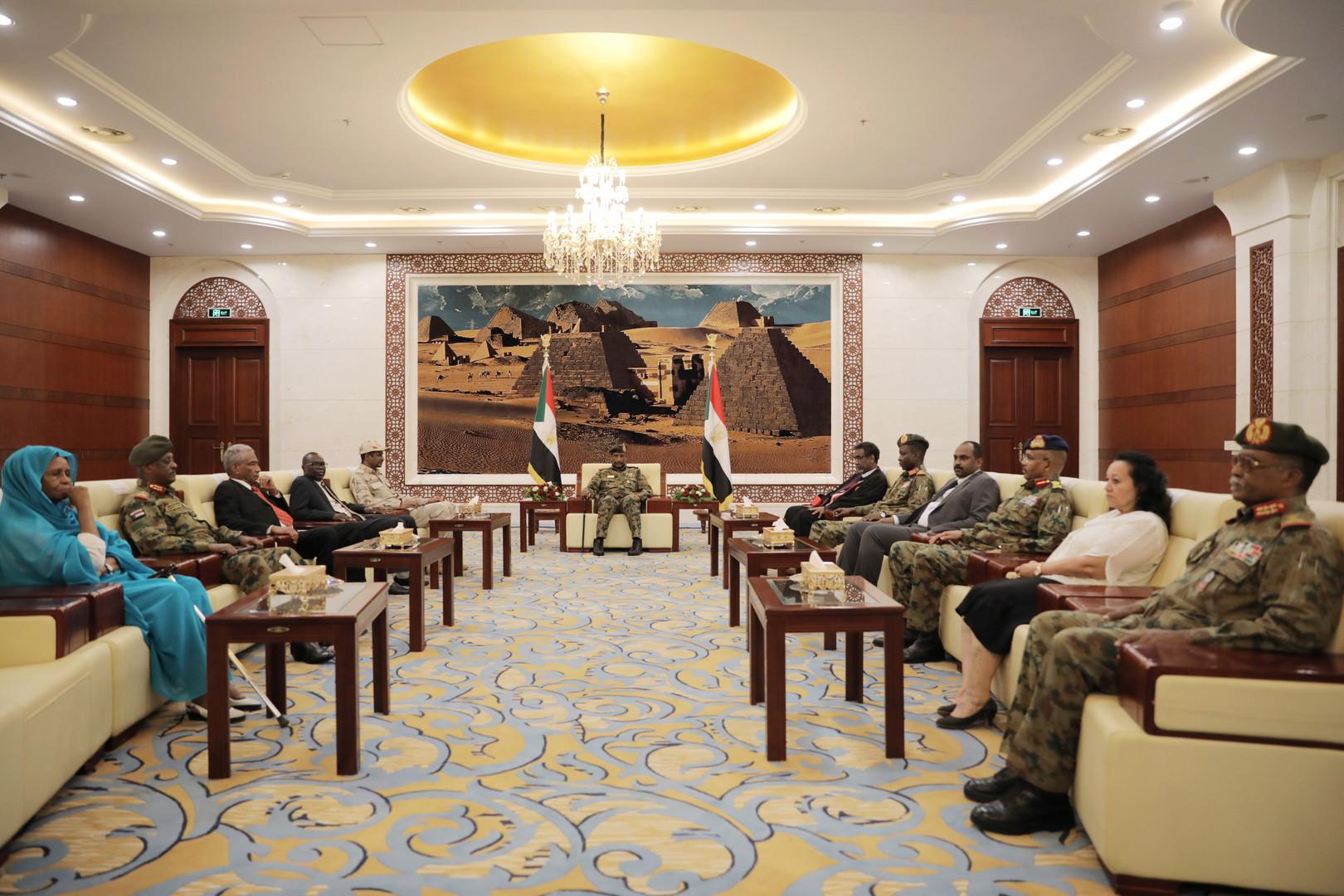 عضو مجلس السيادة السوداني: وضعنا يدنا على أموال ضخمة سيعلن عنها قريبا