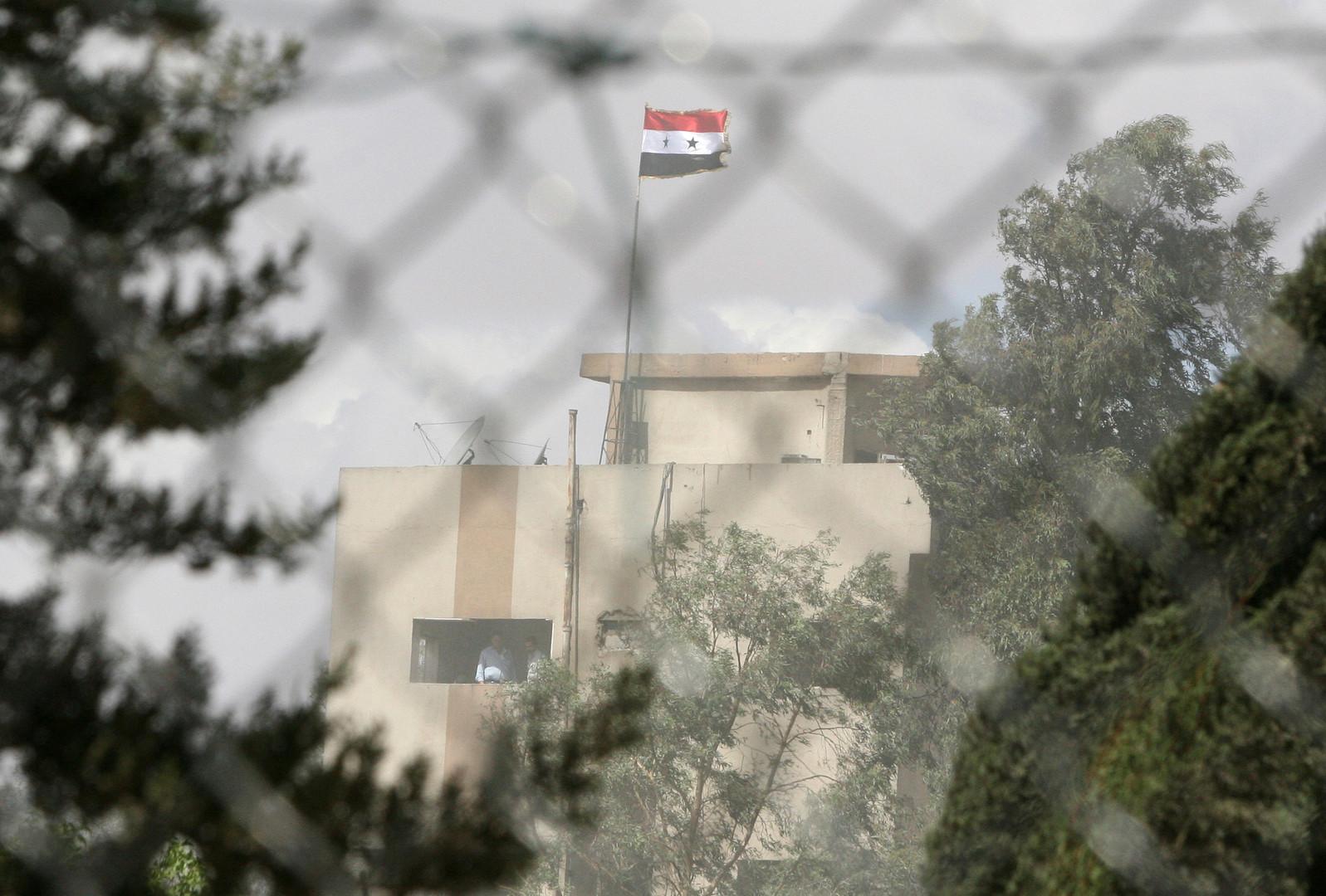 إيران تنفي قصف إسرائيل أهدافا تابعة لها في سوريا وتهدد تل أبيب وواشنطن