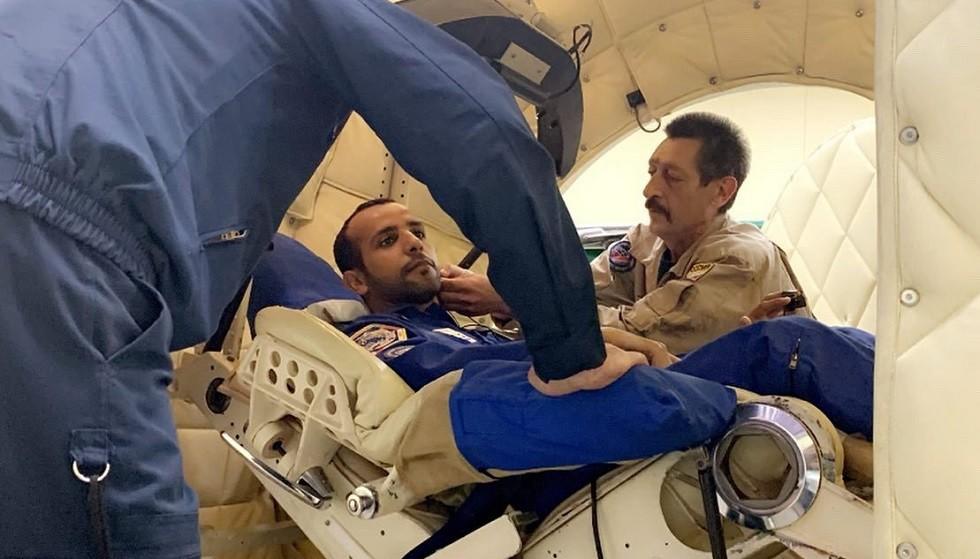 شهر فقط يفصل أول رائد فضاء إماراتي عن رحلته إلى محطة الفضاء الدولية (صور + فيديو)