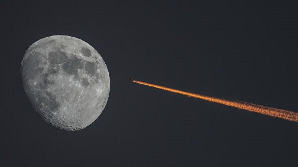 روسيا تعرض محرك الرحلة إلى القمر في