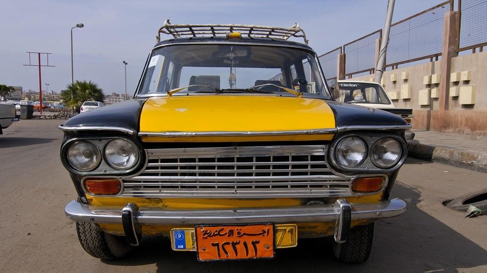 أشهر سيارات الأجرة في مدينة الاسكندرية نهاية القرن الماضي