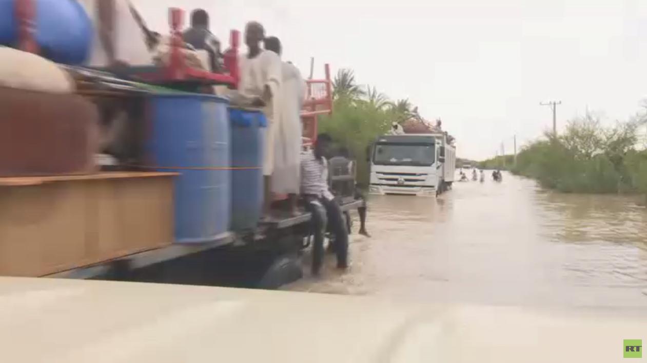 فيضانات السودان تقتل العشرات وتدمر القرى