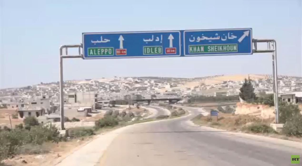 حميميم تعوّل على الجيش التركي في تأمين عودة اللاجئين إلى قراهم في إدلب