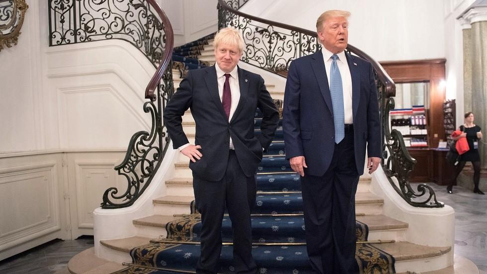الرئيس الأمريكي ورئيس الوزراء البريطاني أثناء مؤتمر مجموعة الدول السبع الكبرى