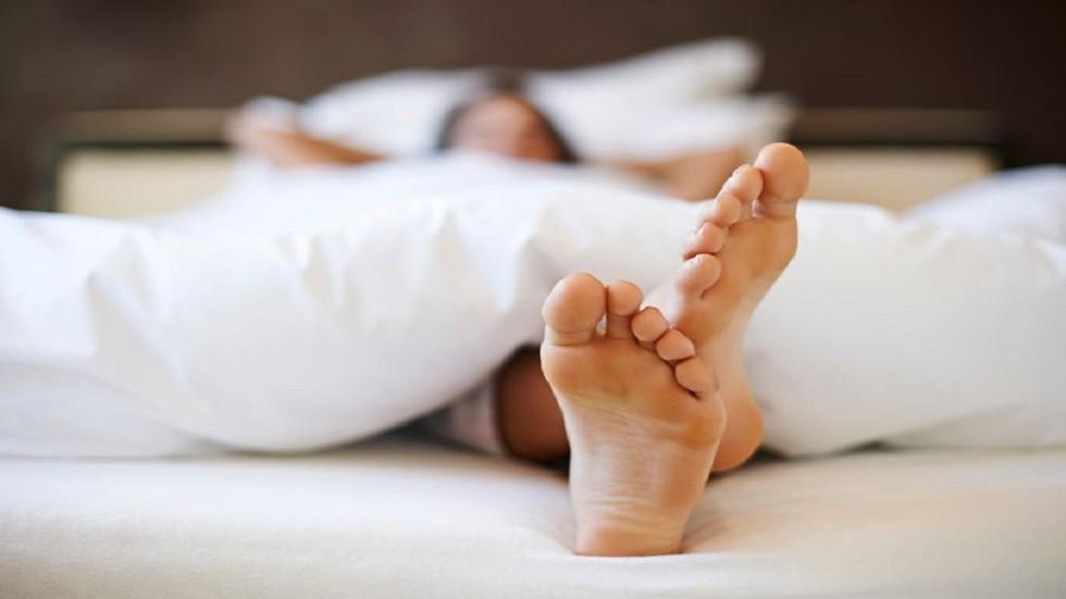 متلازمة تململ الساق تقود  إلى الانتحار أو إيذاء الذات