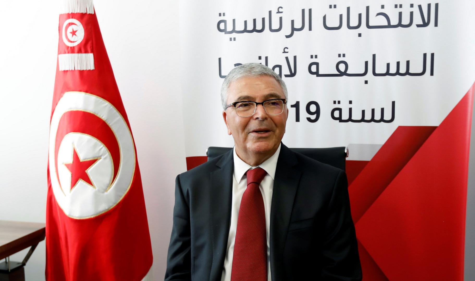 وزير الدفاع التونسي السابق يكشف عن إحباط محاولة انقلابية على السبسي
