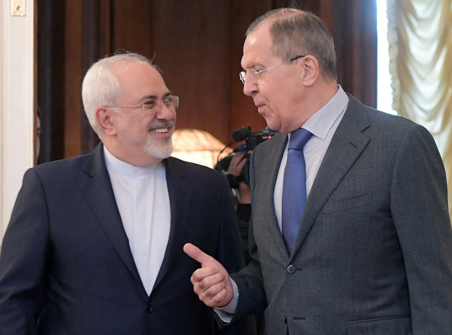 وزير الخارجية الروسي، سيرغي لافوروف، ونظيره الإيراني، محمد جواد ظريف (موسكو، 14 أبريل 2017)
