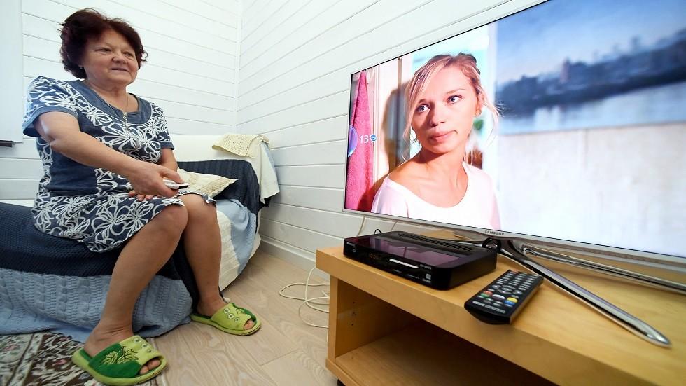استطلاع الرأي: 20% من الروس لا يشاهدون التلفزيون إلا مرتين في العام