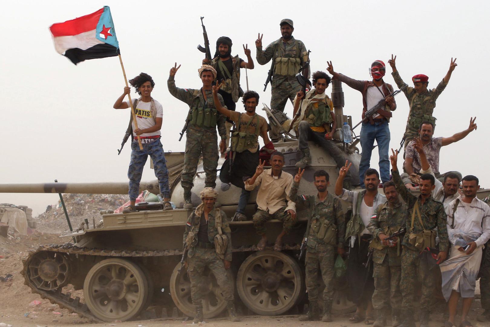 اليمن.. تطورات متسارعة في عدن وزحف قريب على أبين وشبوة