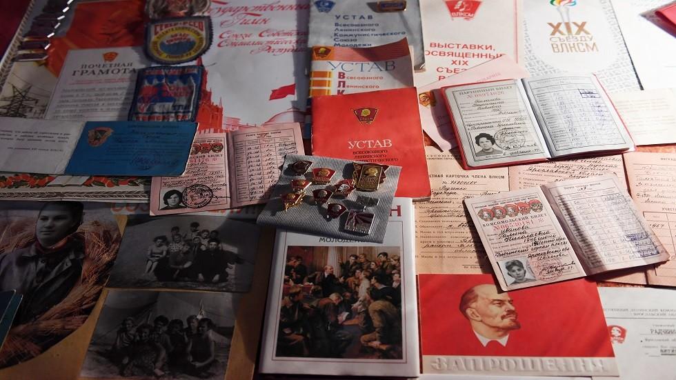 متقاعدة روسية تستعيد حقها من اشتراكات عضوية الحزب الشيوعي