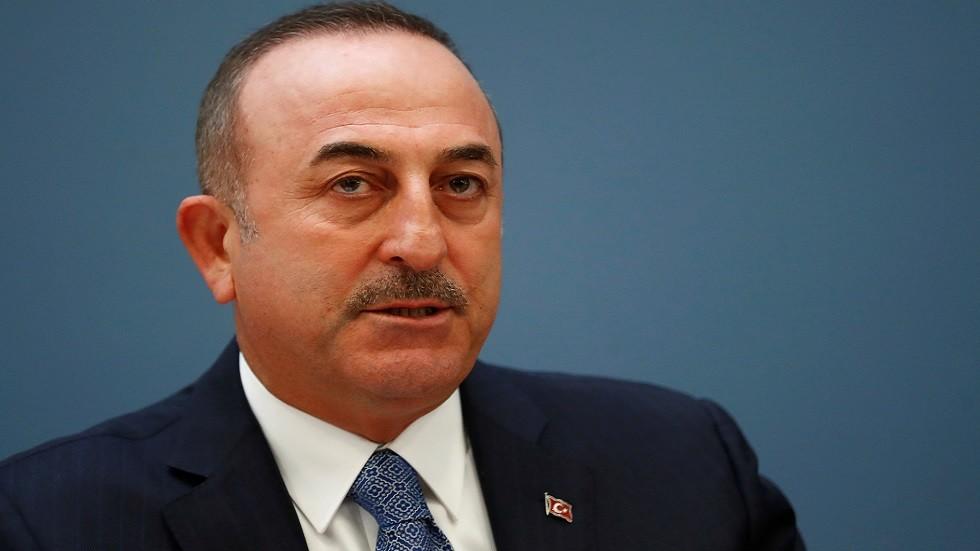 الخارجية اللبنانية تستنكر تعرض نظيرتها التركية لرئيس الجمهورية