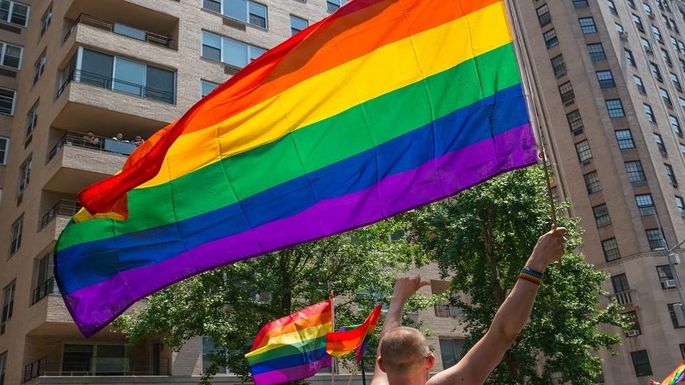 هل كافة الدول العربية تجرم المثلية الجنسية؟