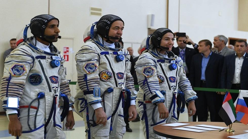 آخر اختبار لرائدي الفضاء الإماراتيين في مركز