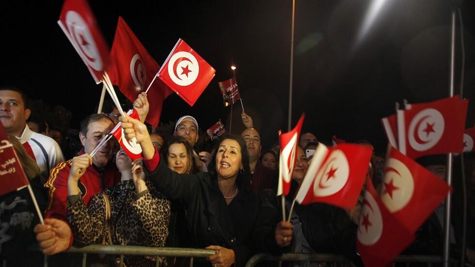 إعلان أسماء المرشحين لخوض الانتخابات الرئاسية في تونس