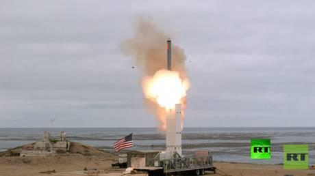 بعد خروجها منه.. الولايات المتحدة تدرس تصنيع صواريخ مختلفة حظرها الاتفاق مع روسيا