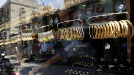 أسعار الذهب في مصر ترتفع وتسجل رقما قياسيا جديدا