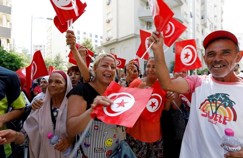 انطلاق حملة الانتخابات الرئاسية التونسية رسميا