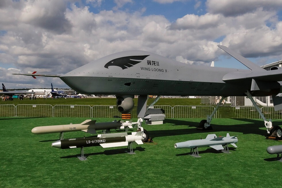 تفكك طائرة مسيرة قتالية صينية جديدة خلال عرضها في معرض