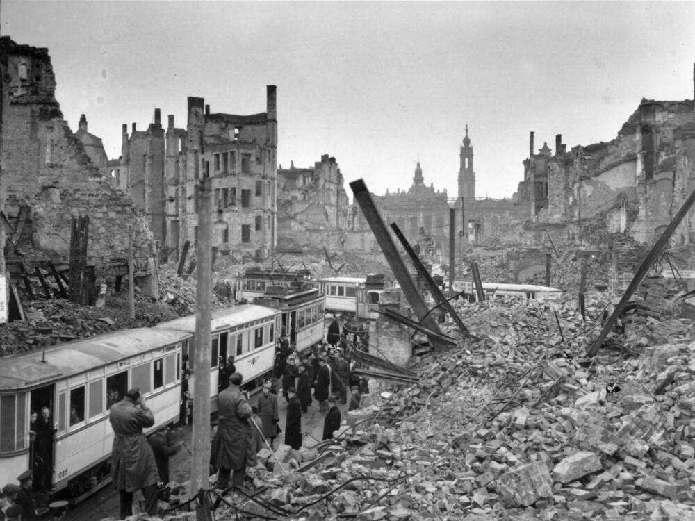 نموذج من الدمار الذي ألحقه الجيش النازي بالدول التي احتلها