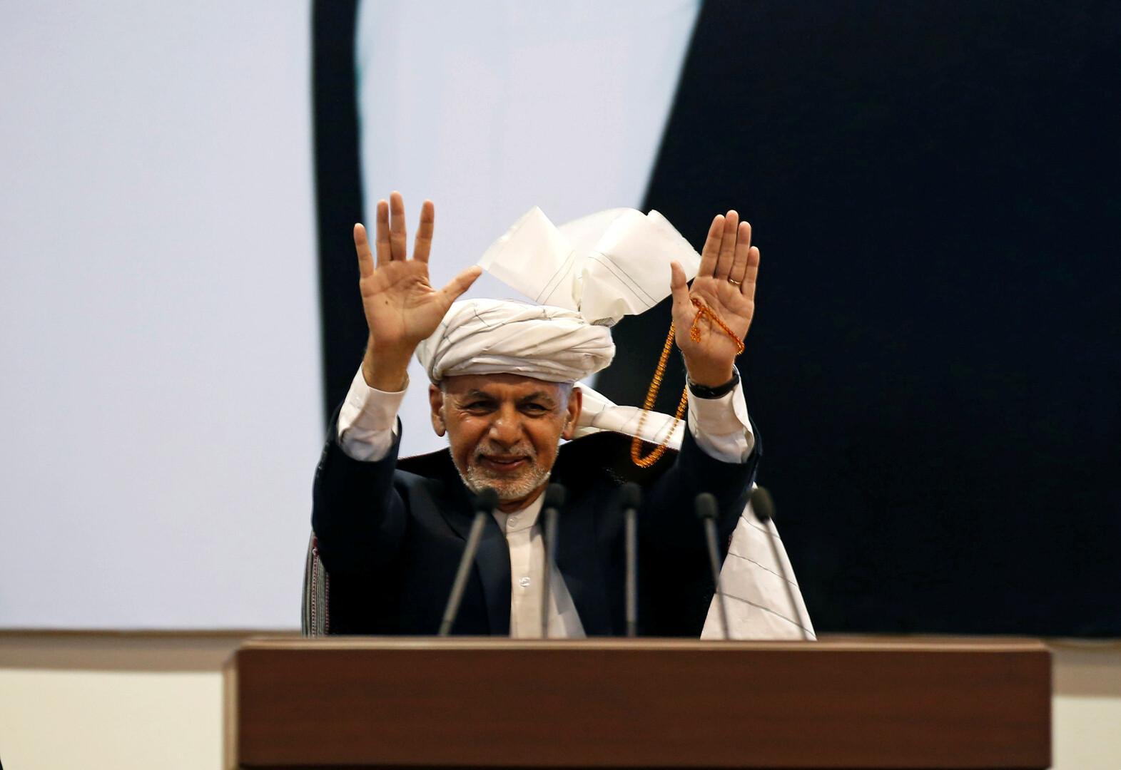 الرئيس الأفغاني يتسلم مسودة