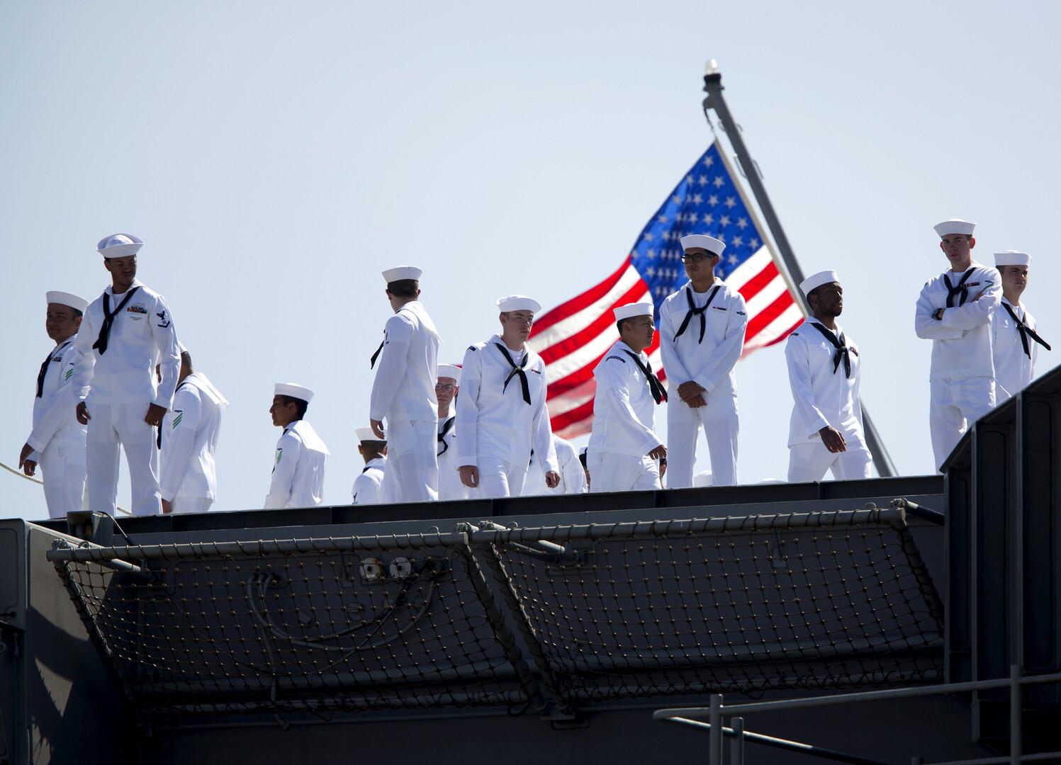 أول مناورات بحرية من نوعها بين الولايات المتحدة ودول