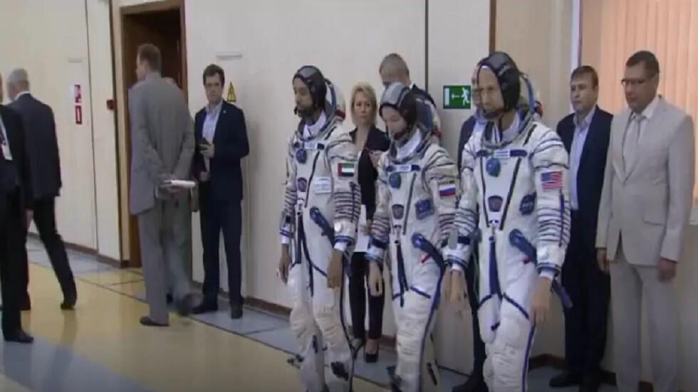 هزاع المنصوري إلى الفضاء على متن سويوز