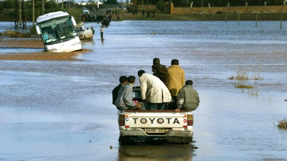 صورة من الأرشيف لفيضانات ضربت مدينة كازابلانكا المغربية بعد أمطار غزيرة.
