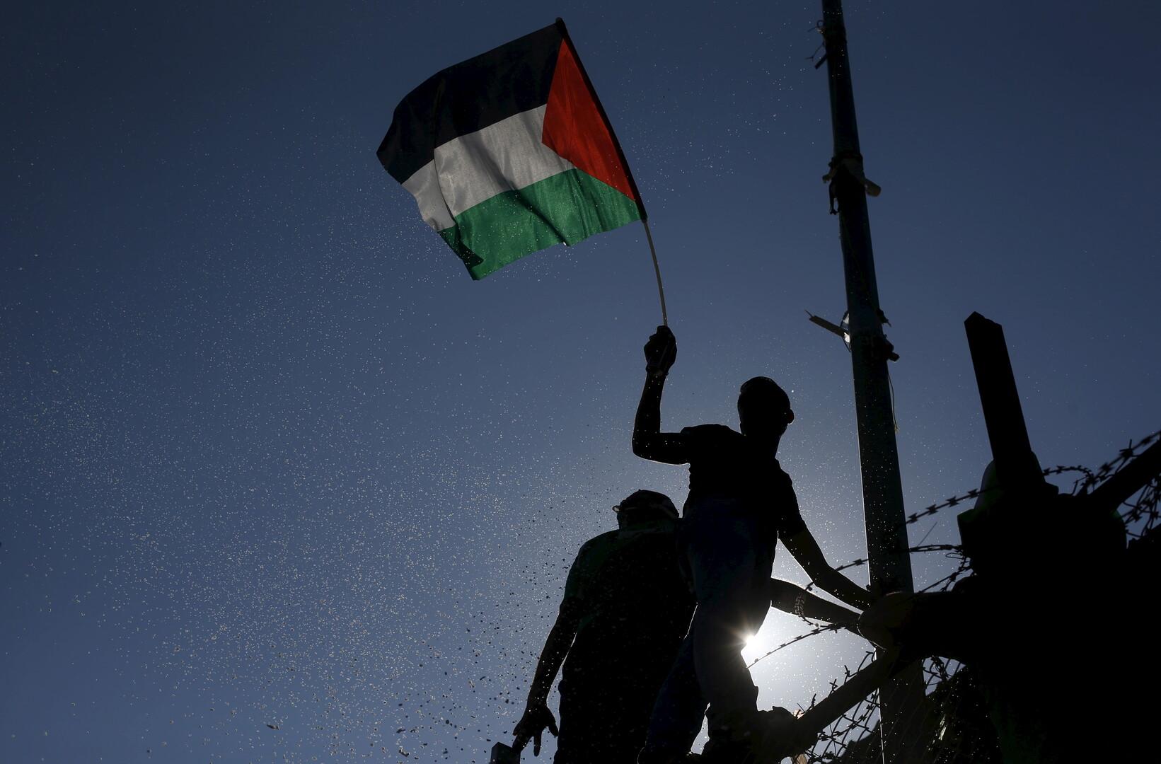 الخارجية الفلسطينية تدين زيارة نتنياهو للخليل وتحذر من نتائجها