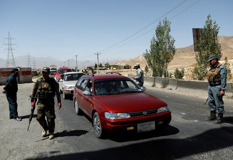 الشرطة الأفغانية تمنع وقوع مجزرة بحق 400 أجنبي