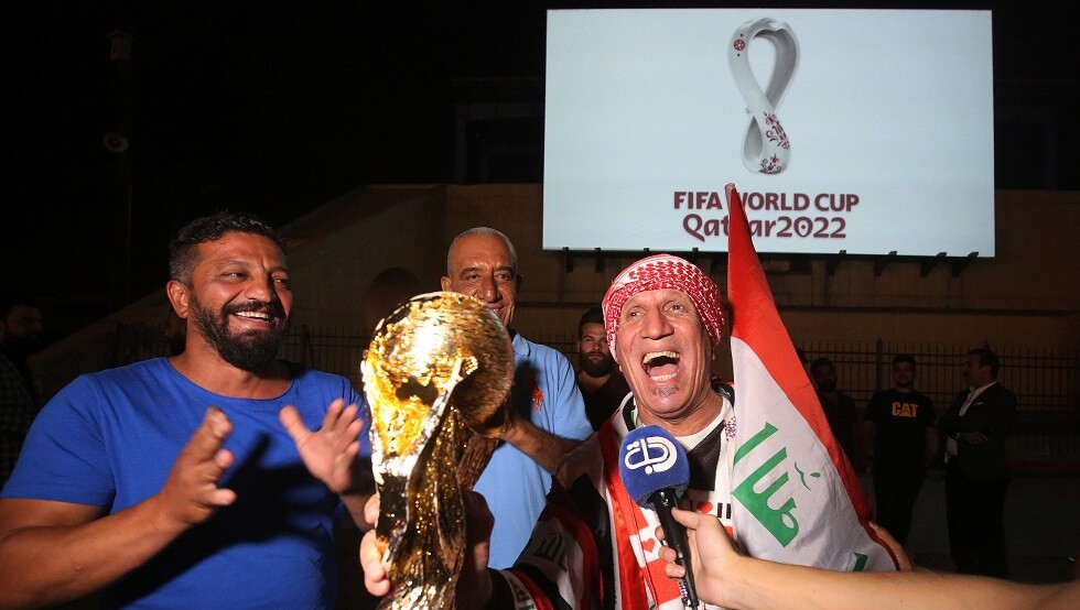 شاهد.. صور شعار كأس العالم 2022 في بغداد