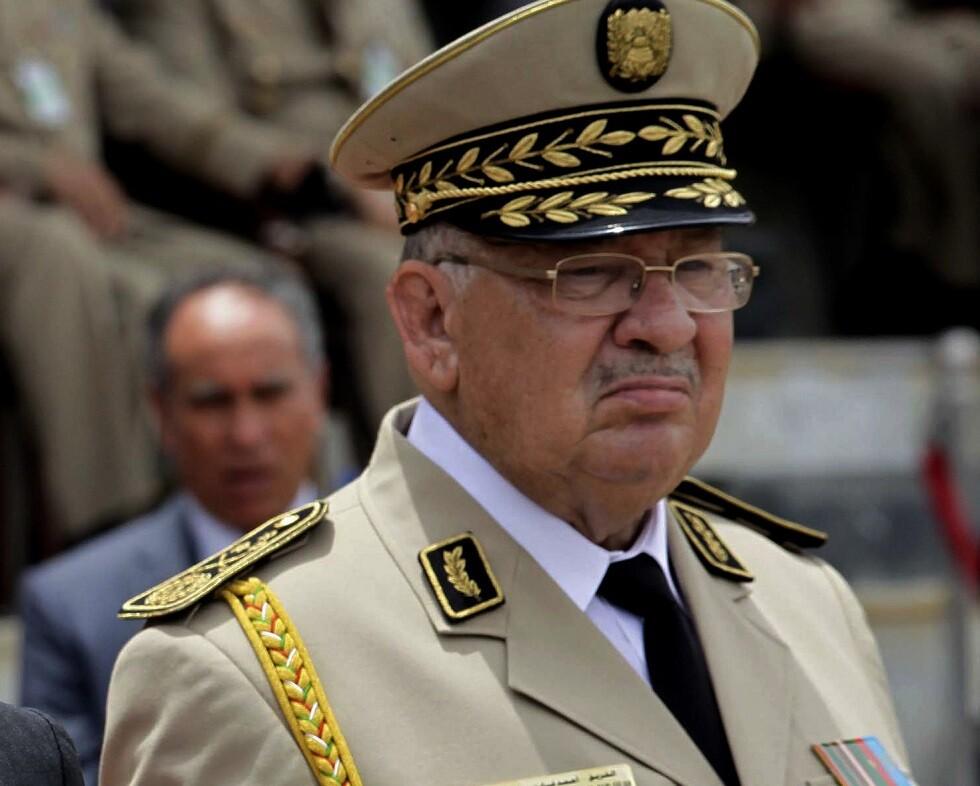 قايد صالح يحذر من مخطط خبيث يستهدف الجيش الجزائري