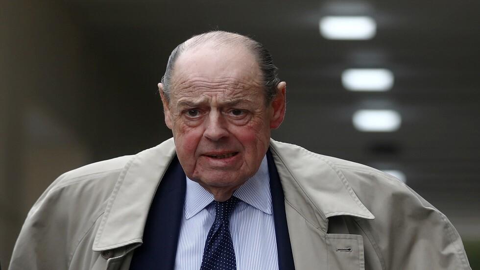 طرد حفيدتشرشل من البرلمان البريطاني بسبب تصويته ضد جونسون!