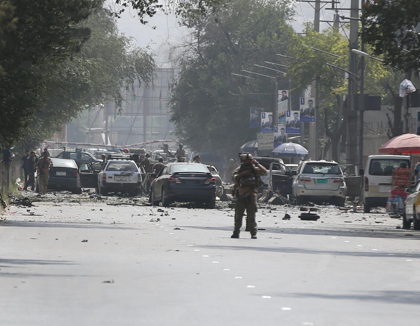 مقتل 10 أشخاص وإصابة 42 بتفجير انتحاري في كابل و