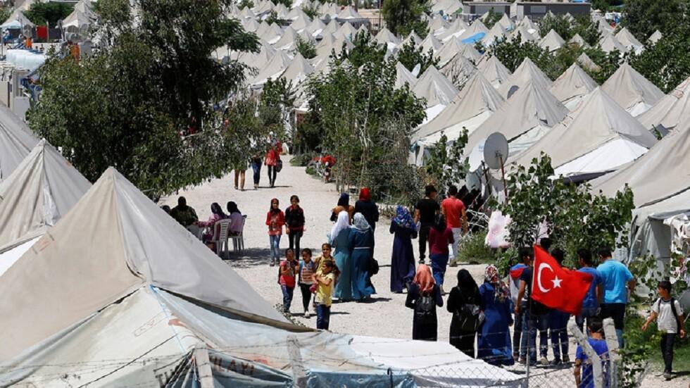 أردوغان يهدد أوروبا باللاجئين السوريين إذا لم تقدم المساعدات اللازمة