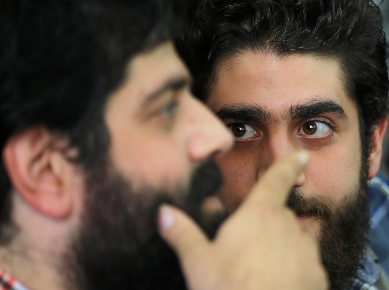 الكشف عن تفاصيل جديدة حول وفاة نجل مرسي الأصغر ومكان دفنه -
