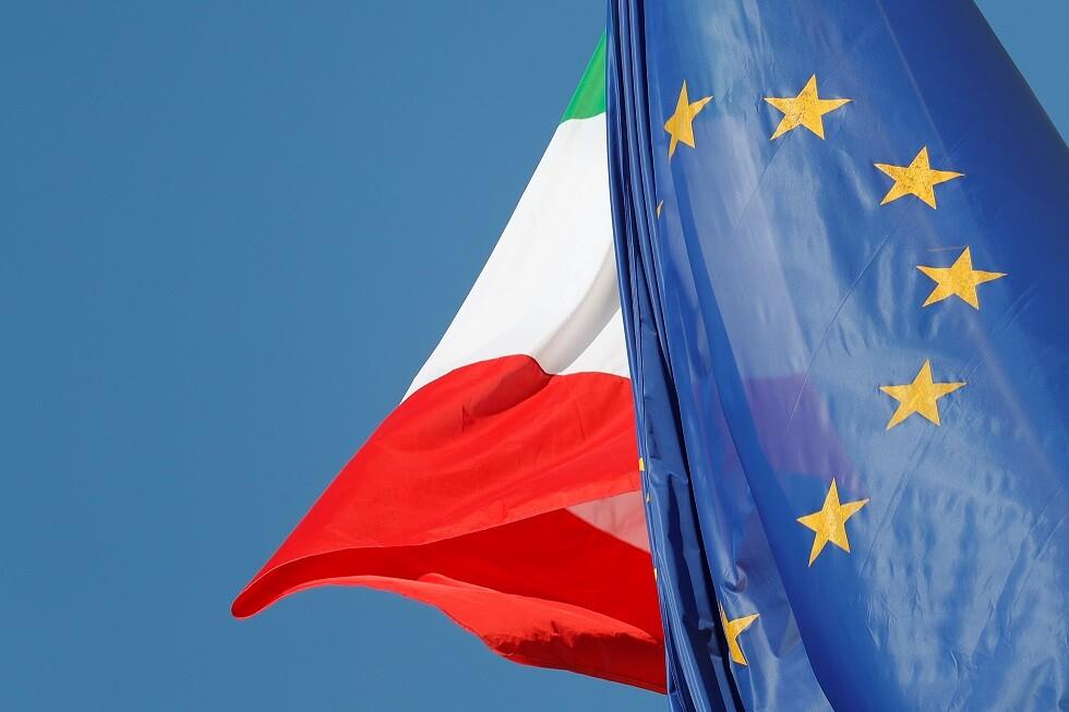 إيطاليا.. إلغاء حظر الإقامة عن عمدة متهم بتنظيم