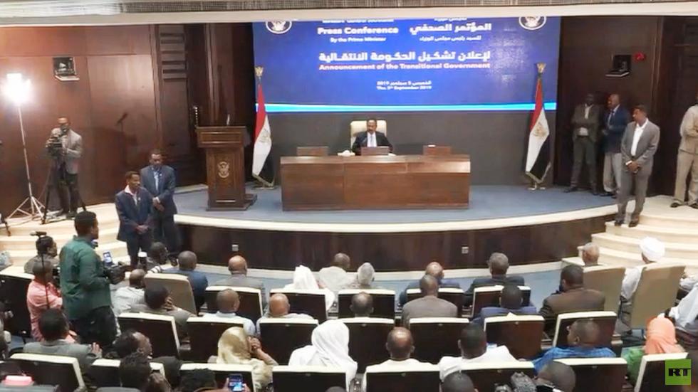 رئيس الوزراء السوداني عبد الله حمدوك يعلن تشكيلة الحكومة الانتقالية