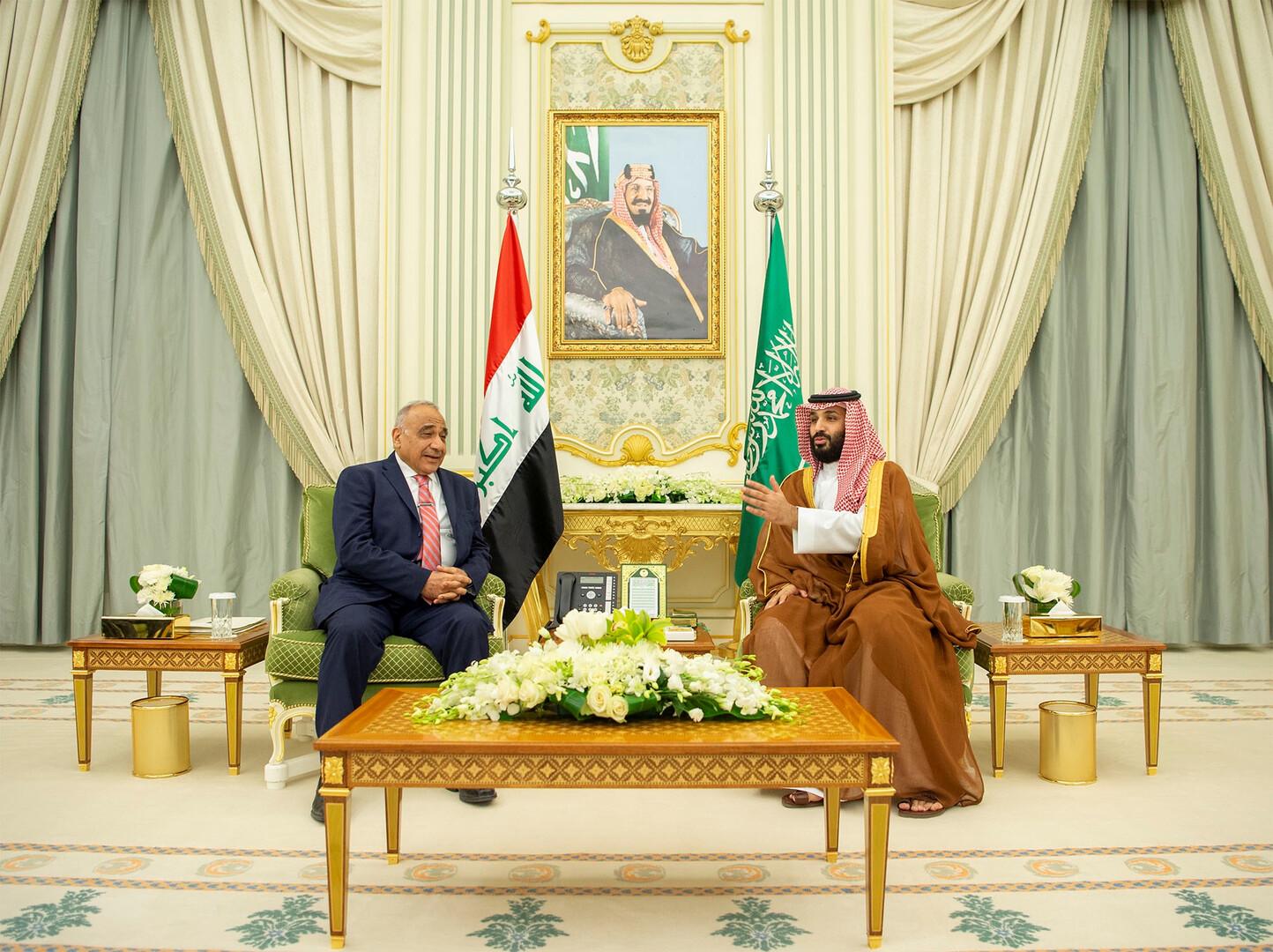 ولي العهد السعودي يبحث مع رئيس الوزراء العراقي