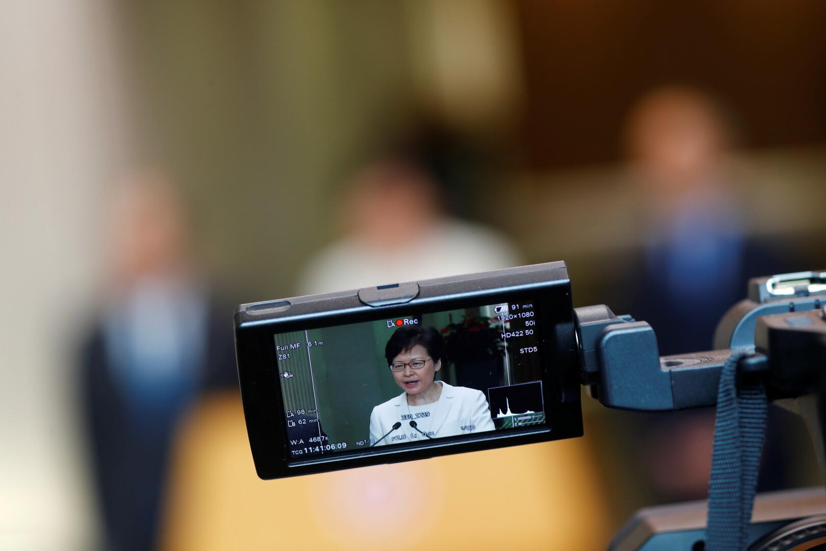 زعيمة هونغ كونغ تفشل بإرضاء المتظاهرين وتأهب لتظاهرات جديدة