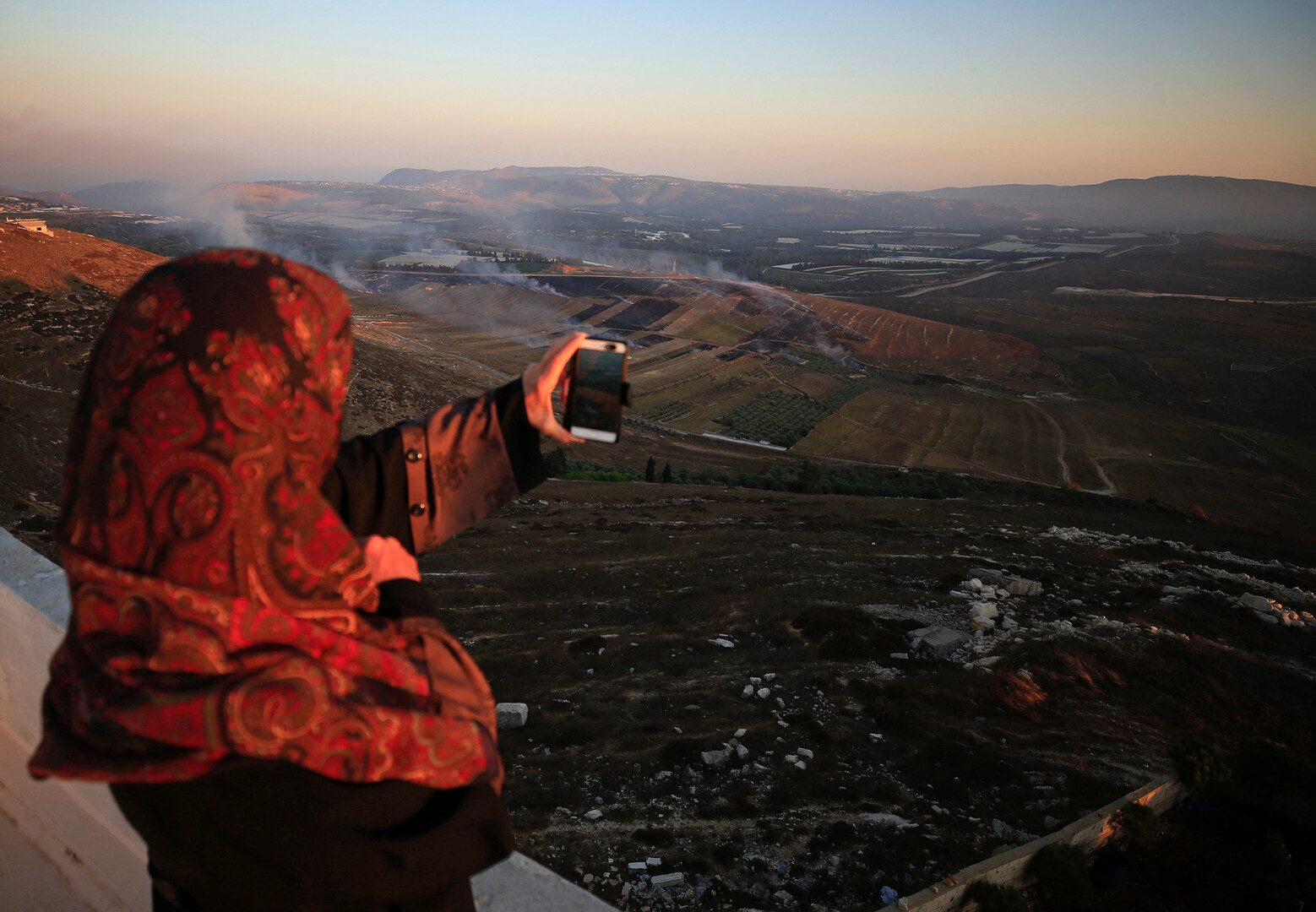 يديعوت أحرونوت: لبنان هو العدو الحقيقي لإسرائيل وليس