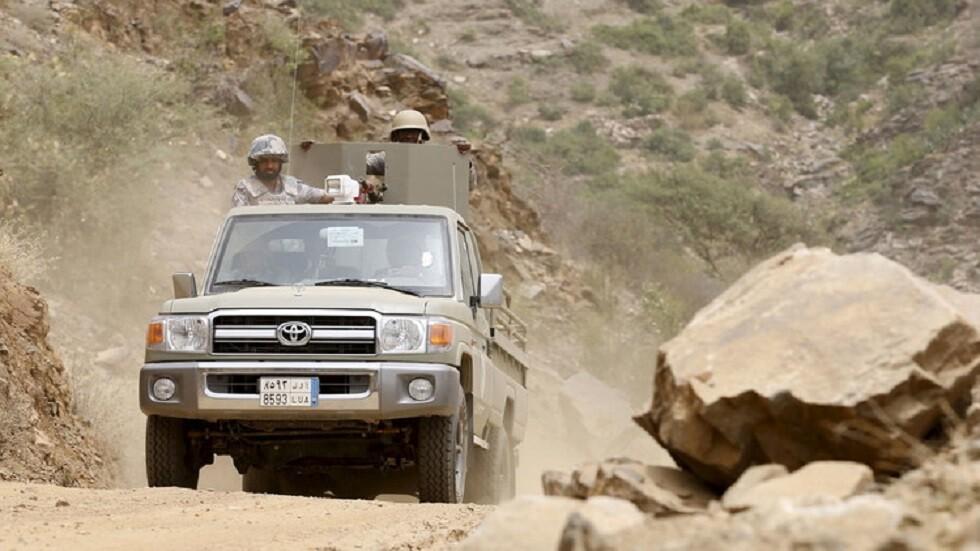 حرس الحدود السعودي ينقذ عائلة باكستانية من 8 أشخاص