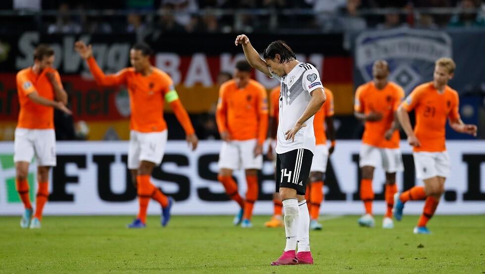 شاهد.. هولندا تهزم ألمانيا في معقلها