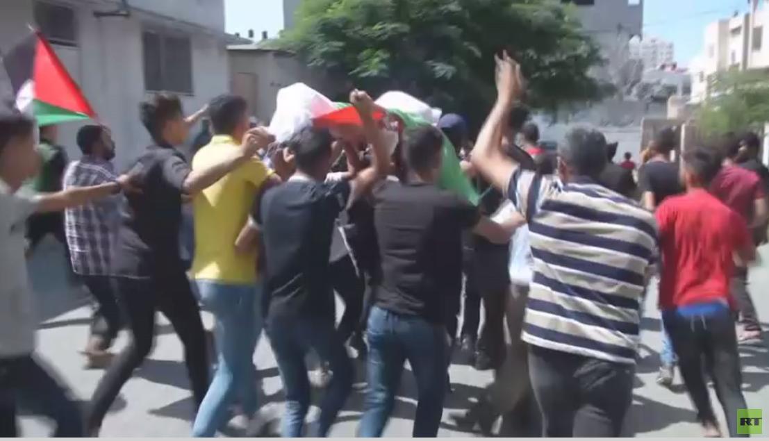 غزة تشيع شابين قتلا في مسيرة العودة