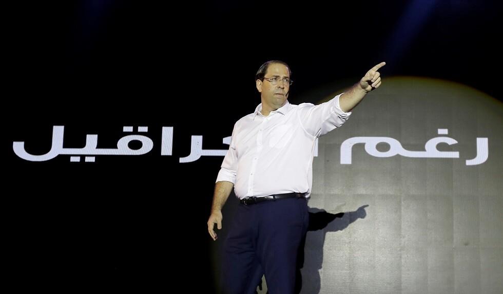 توتر يرافق جولات يوسف الشاهد خلال حملاته الانتخابية في ولايات تونس