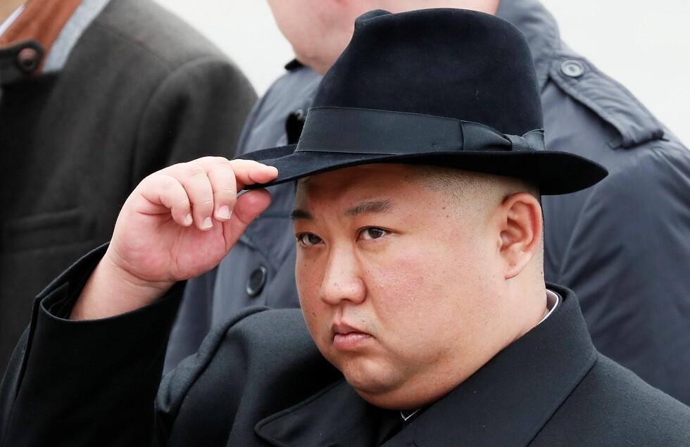 الزعيم الكوري الشمالي يندد بعدم استعداد سلطات بلاده مع اقتراب الإعصار