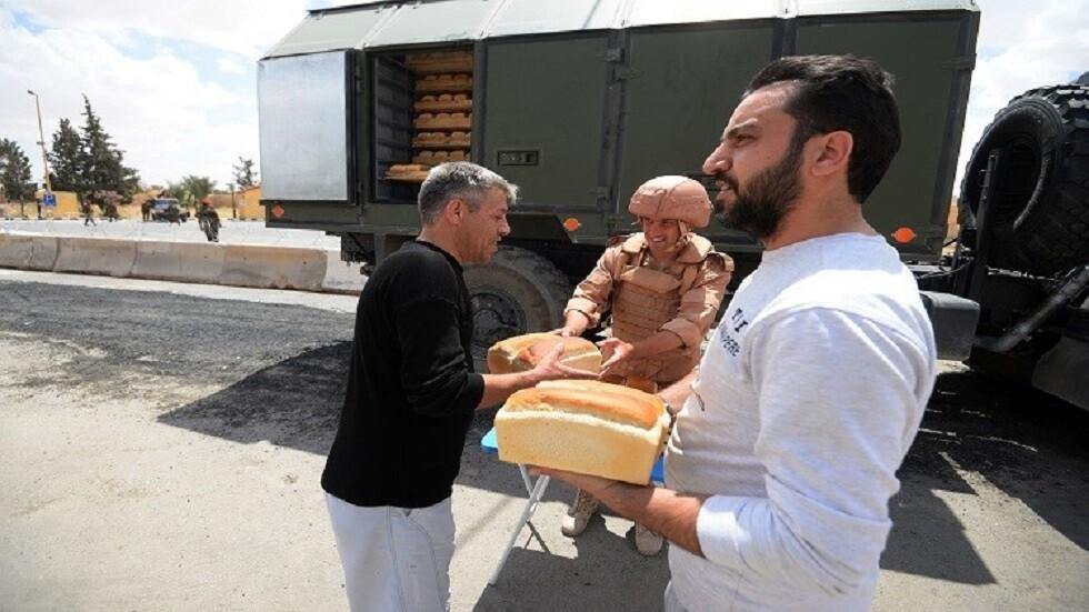 روسيا توزع مساعدات إنسانية على سكان محافظة درعا السورية